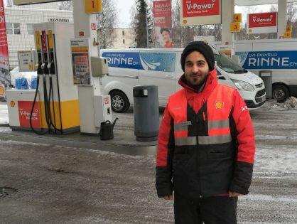 Mostafa Al-Dualem työllistyi Shellille palvelumestariksi